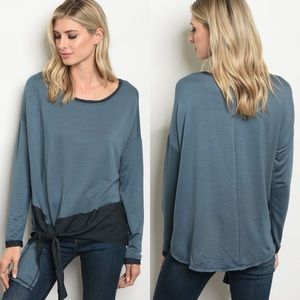 Tops - Arrived 💜 Blue knotted Top